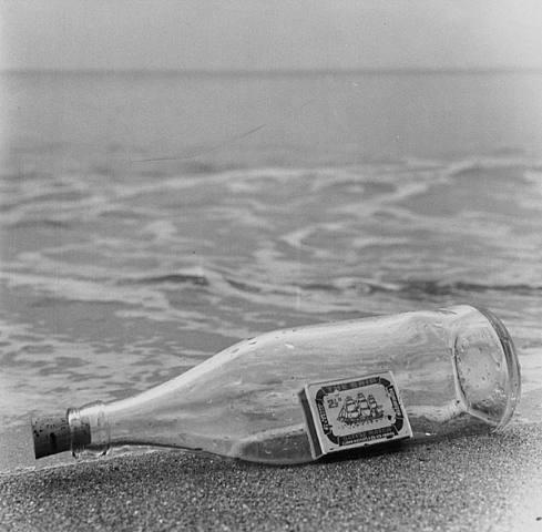 the-ship-brighton-beach-sussex-england-1963(1)