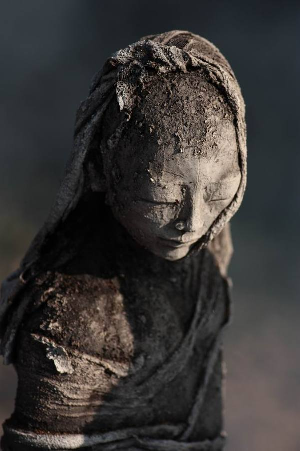 Sculpture from the Terre Enfumée series by Evelyne Galinski