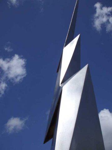 Elektron - Sculpture by Bob Allen - Dimensions - 42 feet high, 10 tons