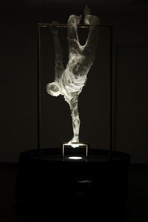 Reverse Project - Wire Mesh Sculpture by Edoardo Tresoldi
