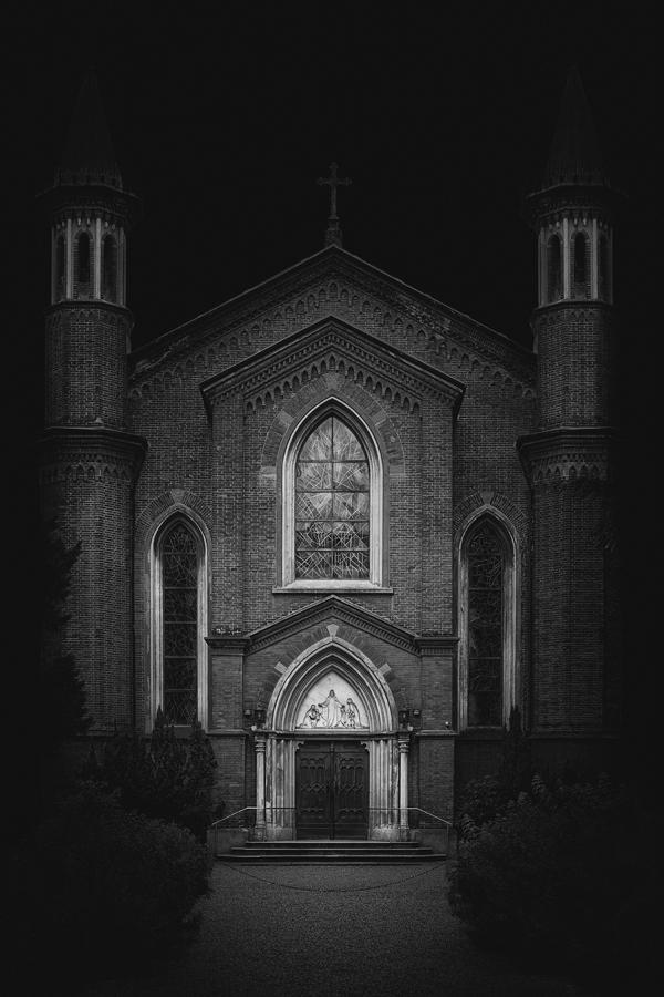Chiesa Cristiana Protestante, Milano - Photograph by Mattia Mongetti