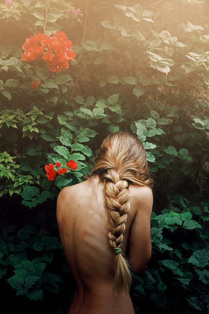 Untitled, uncredited photography from http://merde-petit-maitre.tumblr.com/
