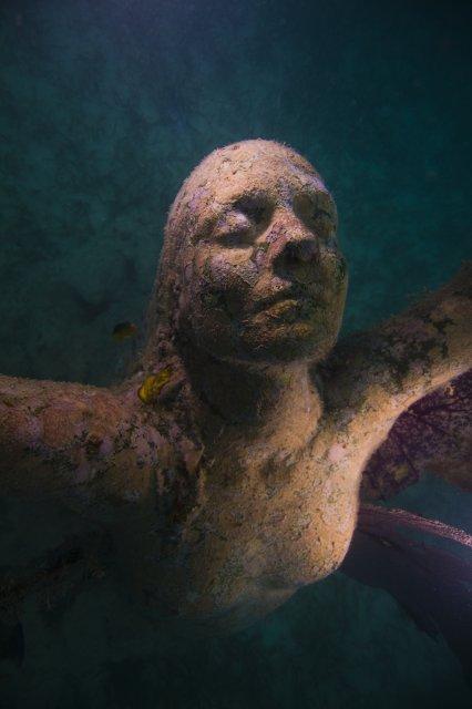 Reclamation - underwater sculpture by Jason de Caires Taylor
