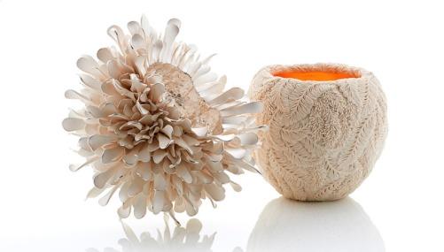 default_Beautiful+Image--Courtesy-of-Hitomi-Hosono.Wisteria-bowl